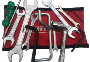 UKSCOOTERS LAMBRETTA HANDY TOOLKIT & RED BLUE AND BLACK POUCH 13 PC PROP, PLUG SPANNER, SCREW DRIVER NEW
